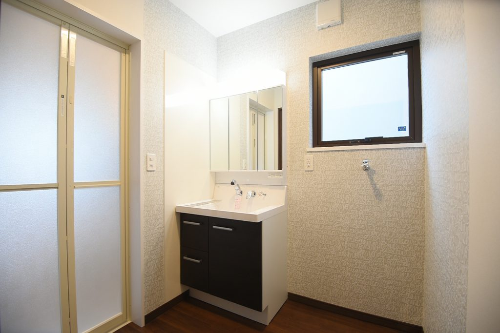 機能的な洗面化粧台 八戸市 リノベーション ぐっとリノベ