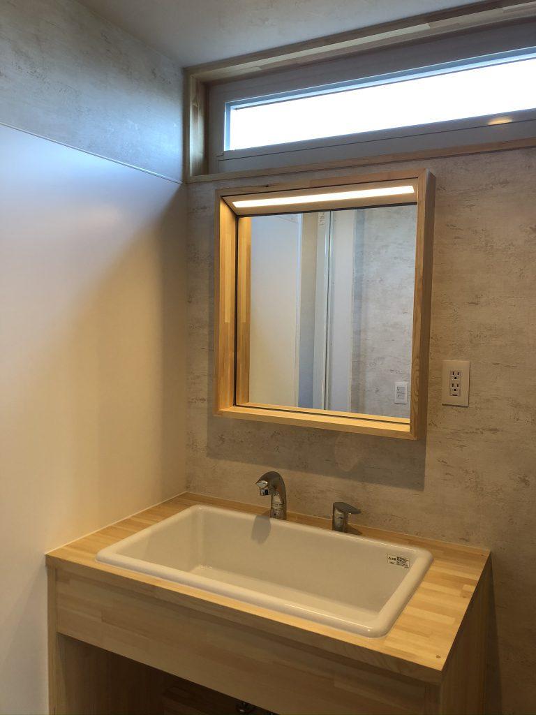 造作の洗面化粧台 八戸市 リノベーション ぐっとリノベ