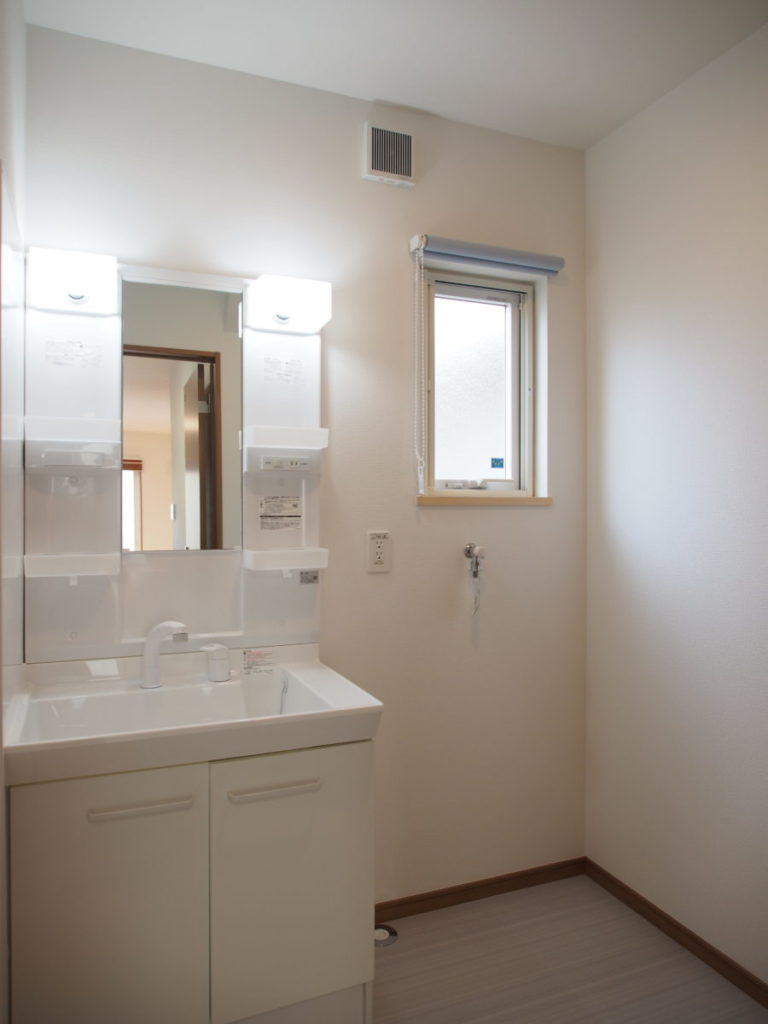 機能的な洗面化粧室|八戸市 リノベーション|ぐっとリノベ