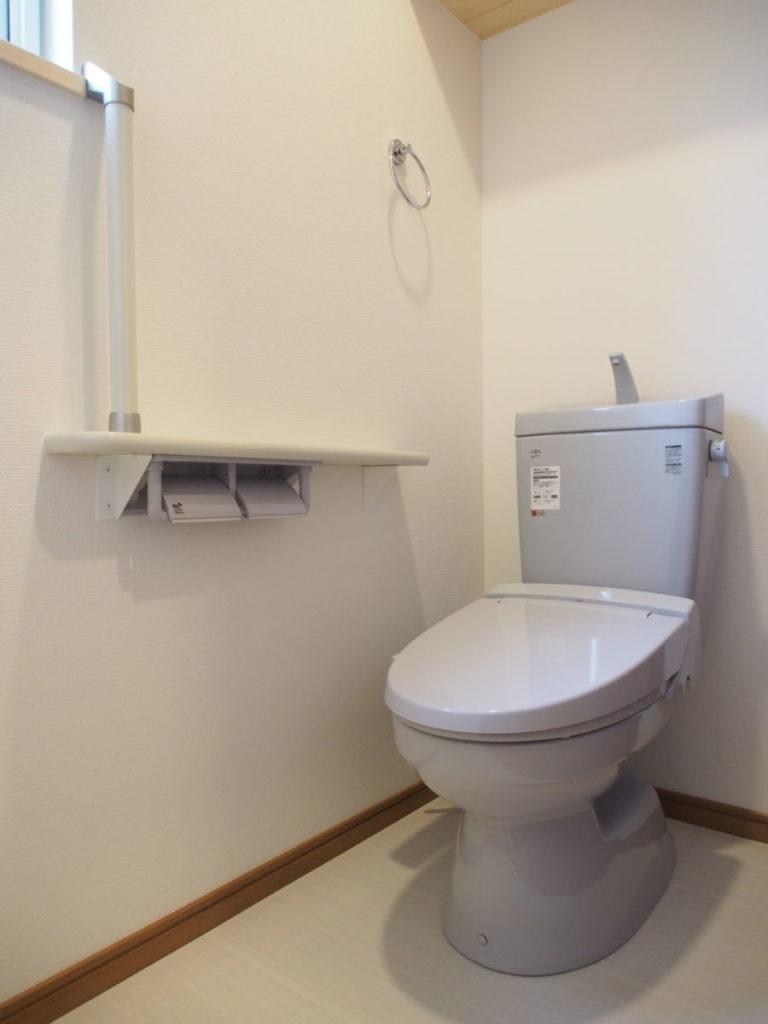 バリアフリー化したトイレ|八戸市 リノベーション|ぐっとリノベ