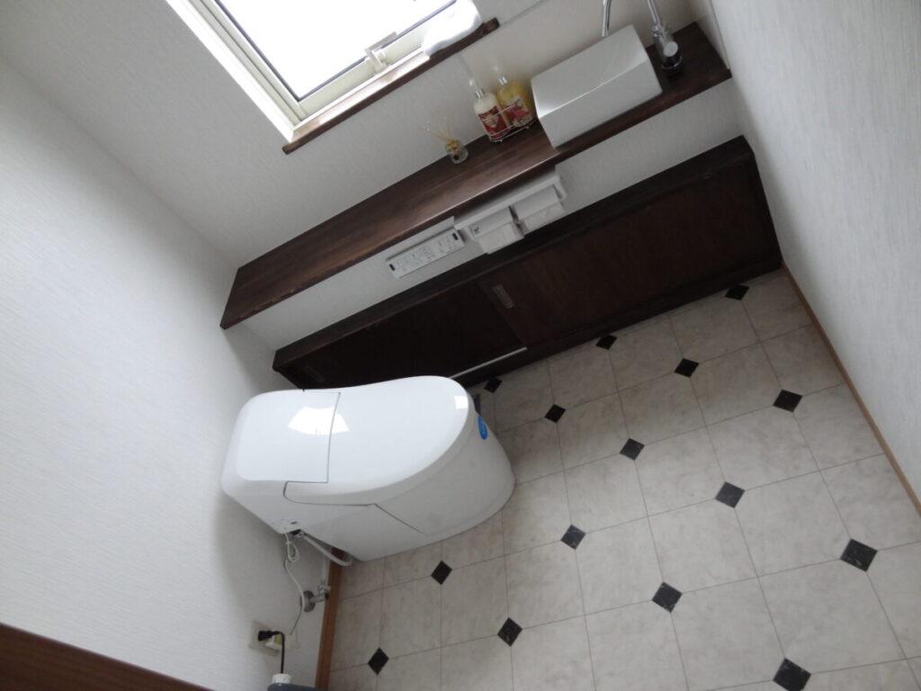 おしゃれなトイレのリフォーム|八戸市 工務店 ぐっとリノベ